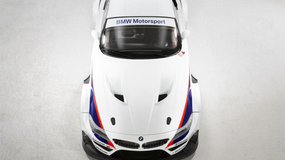 2010_bmw_z4_gt3_race_car_04