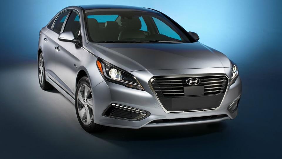 Hyundai Sonata Plug-In Hybrid Unveiled In Detroit