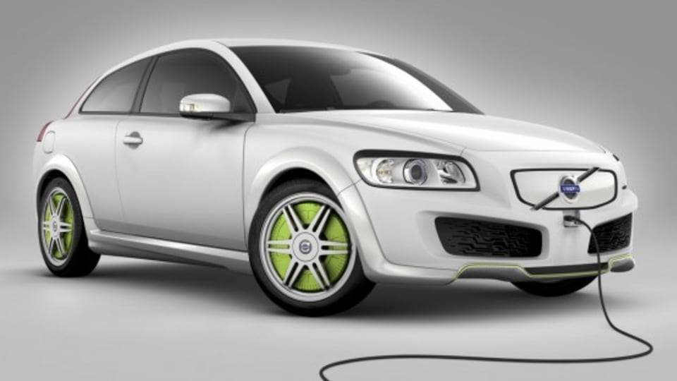 Volvo Announces Plug-In Partnership, Mains-Charged Volvos To Debut In 2012