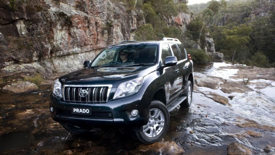 2010_toyota-prado_press_07.jpg