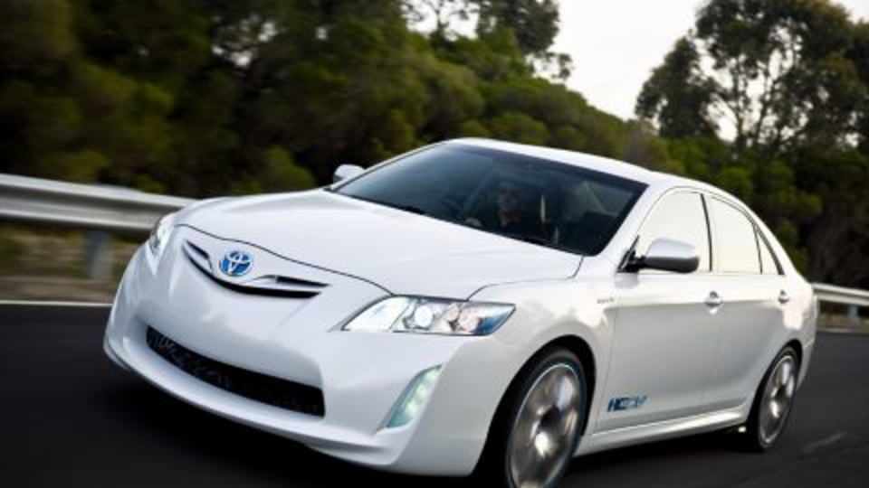 Toyota To Unveil Hybrid Camry Concept Vehicle At 2009 Melbourne Motor Show