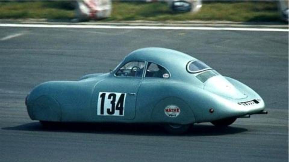 Porsche looking to obtain controlling interest in Volkswagen