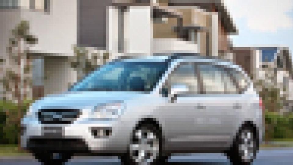 2008 Kia Rondo 7 EX Limited