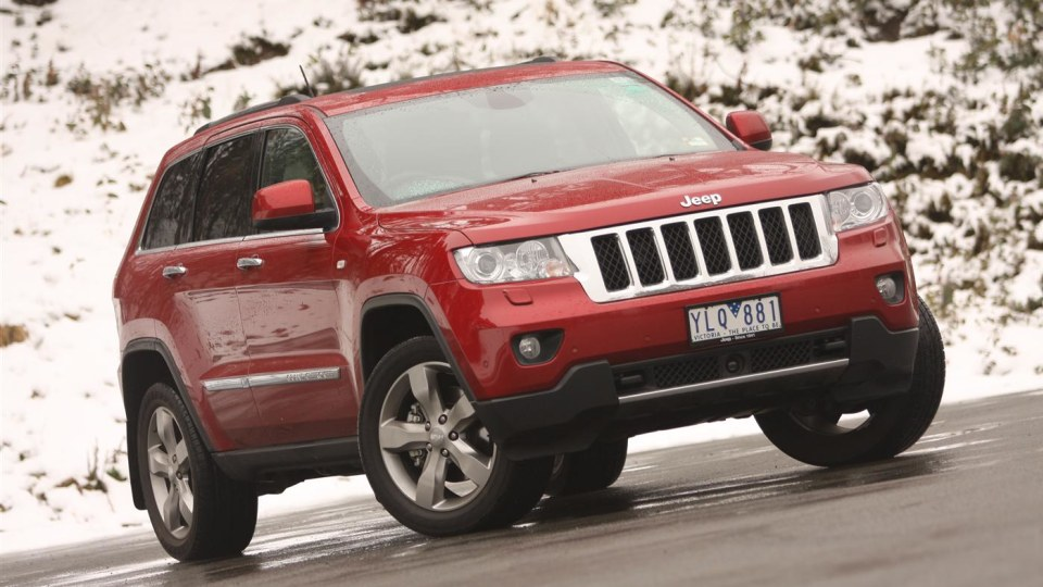 2011_jeep_grand_cherokee_overland_v8_review_04