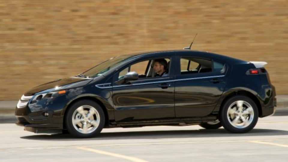 2010 Chevrolet Volt Hits The Road In Pre-Production Testing