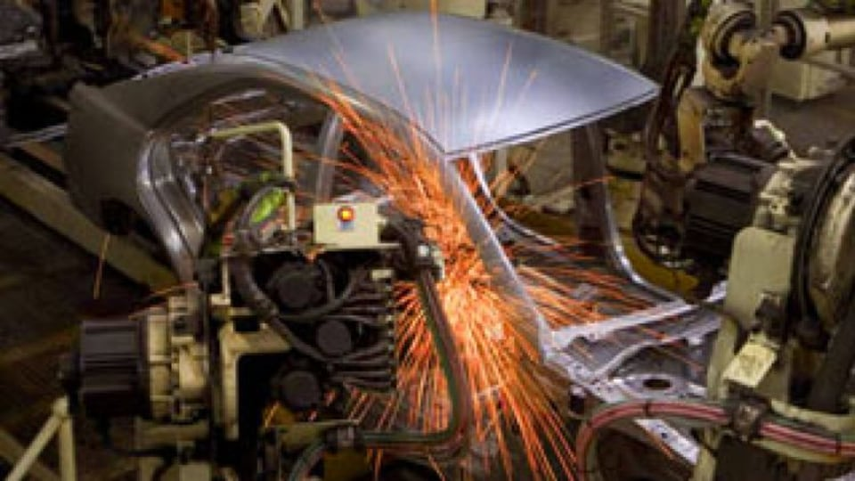 No guarantee of extra car industry help: Abbott