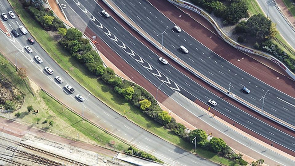 Motorway Debris Costing WA Taxpayers More Than $2m Per Year