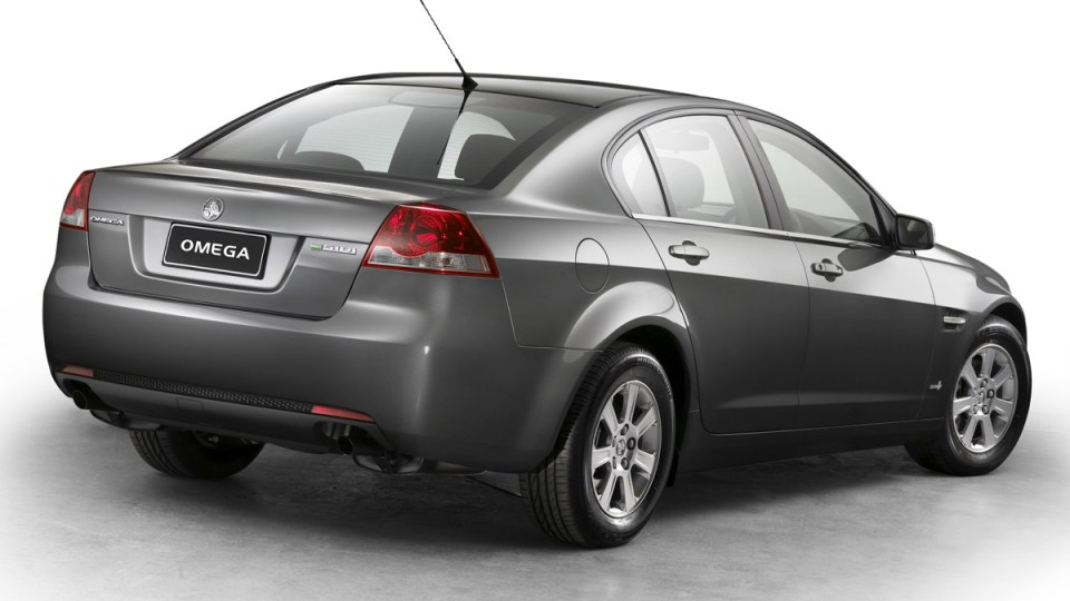 2011_holden_ve_series_ii_2_commodore_05_omega