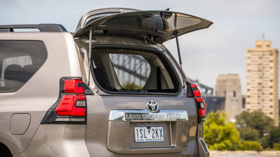 2021 Toyota LandCruiser Prado GXL review-3