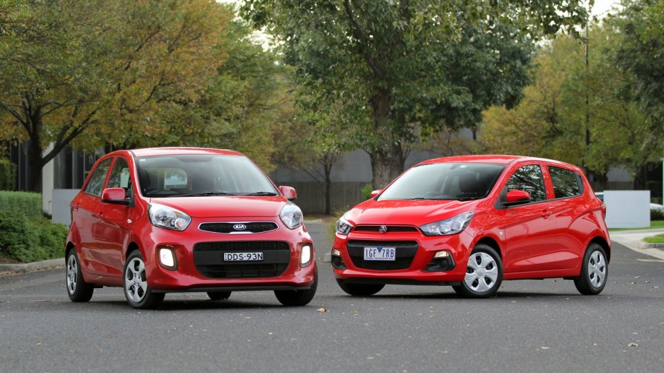 Micro Hatch Showdown – Kia Picanto -v- Holden Spark Comparison Test