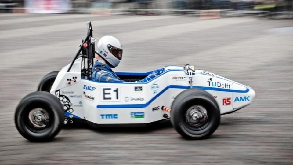 Dutch Students Break Electric Vehicle 0-100km/h World Record