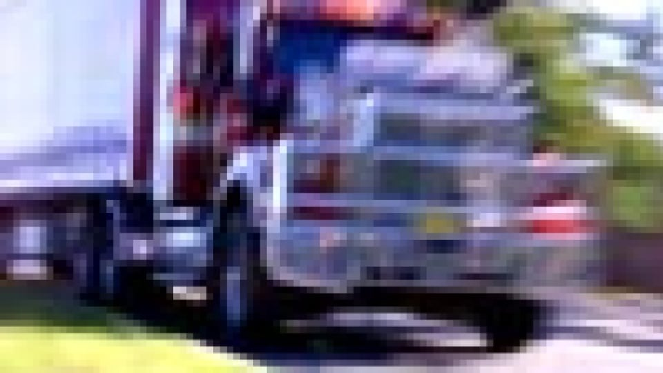 Call for highway ban on big trucks