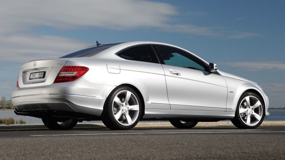 2012_mercedes_benz_c_class_coupe_australia_00b