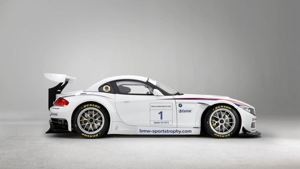 2010_bmw_z4_gt3_race_car_05