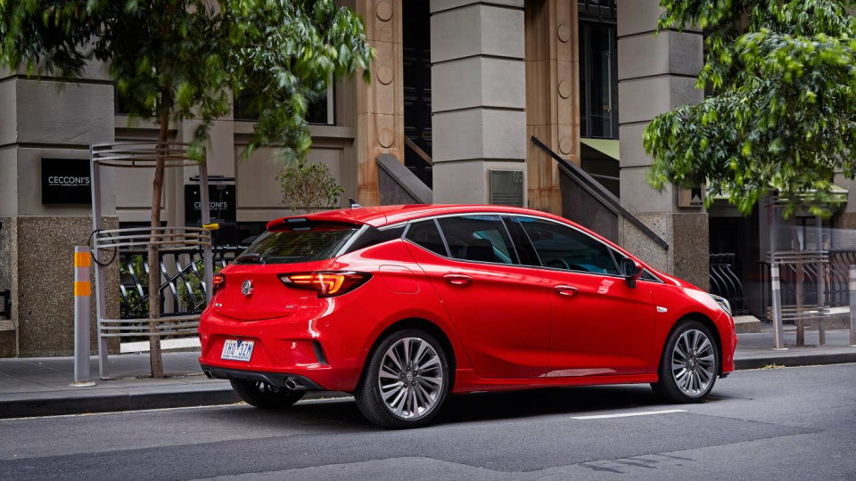 Holden Astra Used Car Review-0