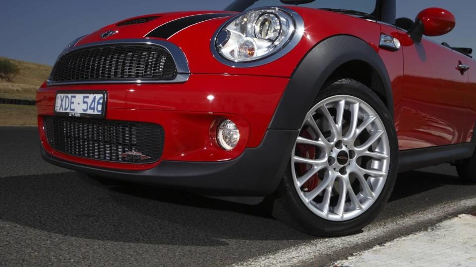 2010 MINI John Cooper Works Cabrio Road Test Review