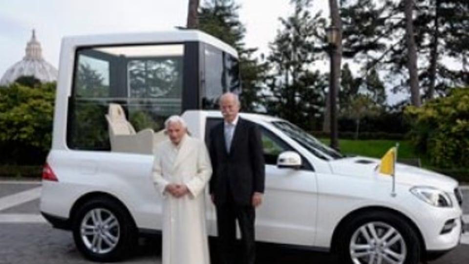 Top 5 Popemobiles