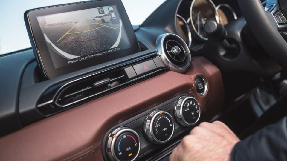 Mazda MX-5 2018 review-1