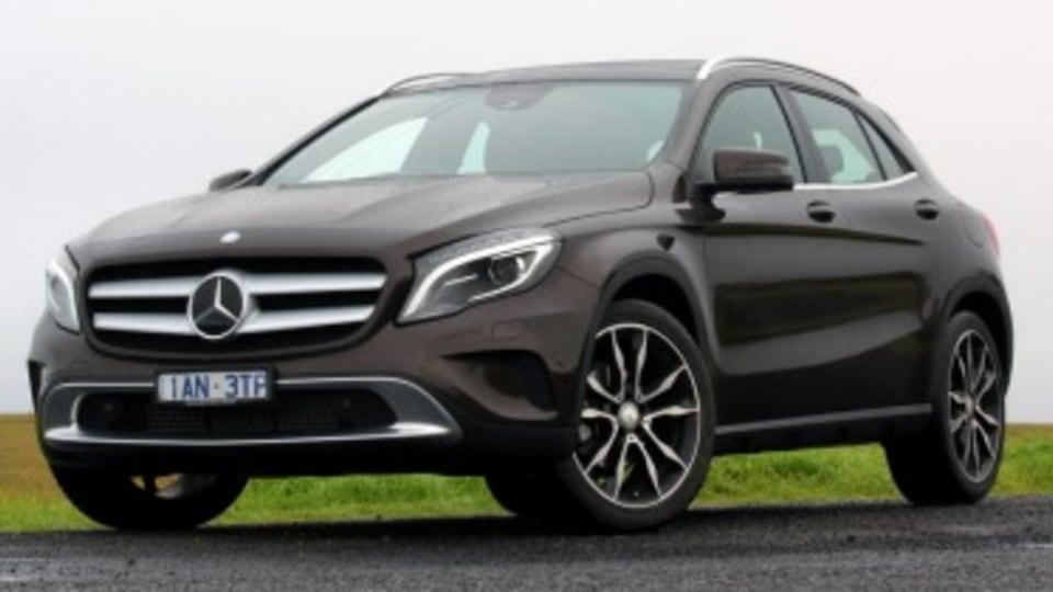 """Mercedes-Benz """"hybrid offensive"""" on the way"""