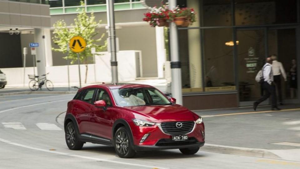 Mazda CX-3 EMBARGO: 7pm 17/03/2015