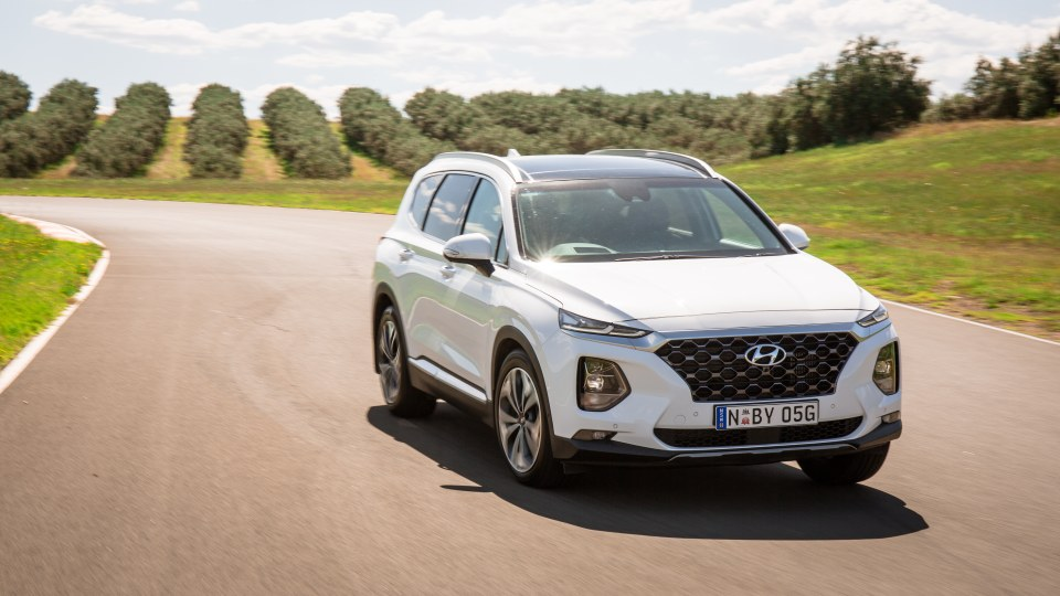 Drive Car of the Year Best Large SUV 2021 finalist Hyundai Santa Fe viewed from front as driven on road