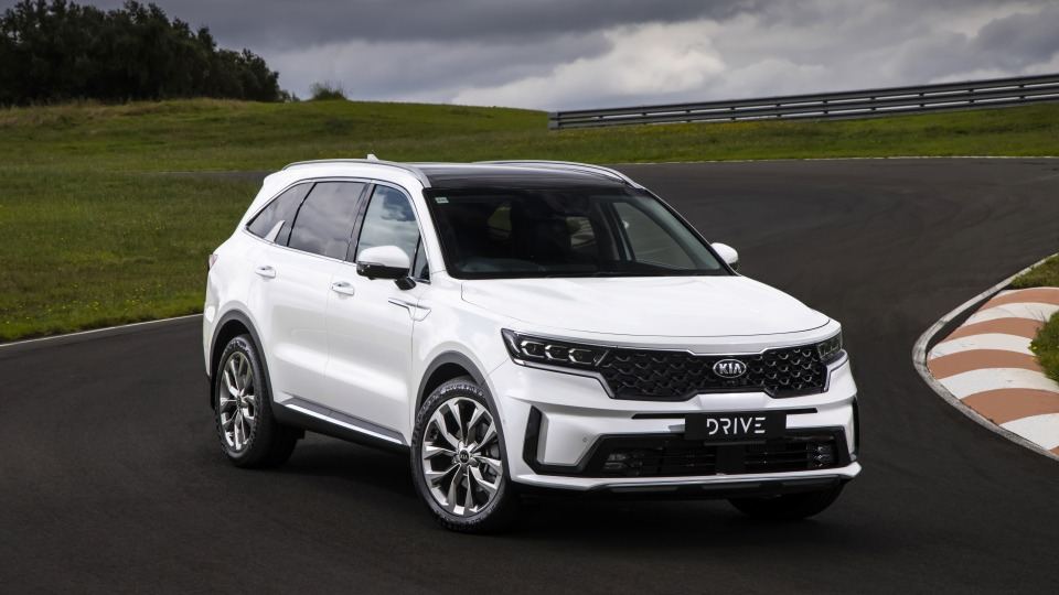 Drive Car of the Year Best Large SUV 2021 finalist Kia Sorento front exterior view.