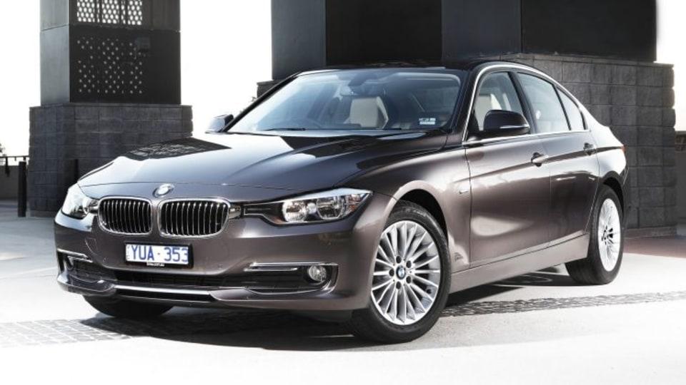 2012 BMW 328i.