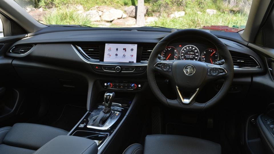 Holden Calais V Tourer.