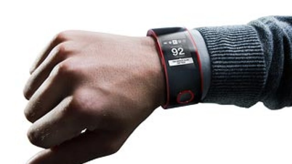 Smart watch that monitors your speed