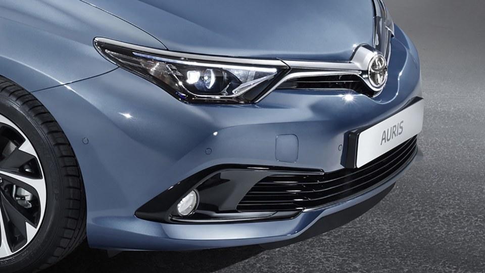 New Toyota Corolla Facelift Revealed For Geneva Motor Show
