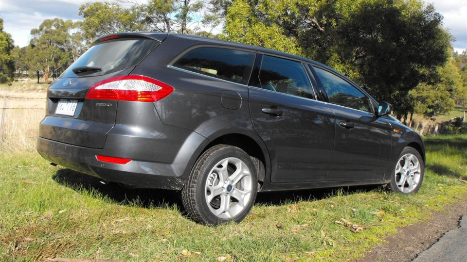 2009_ford-mondeo_road-test-review_10.jpg