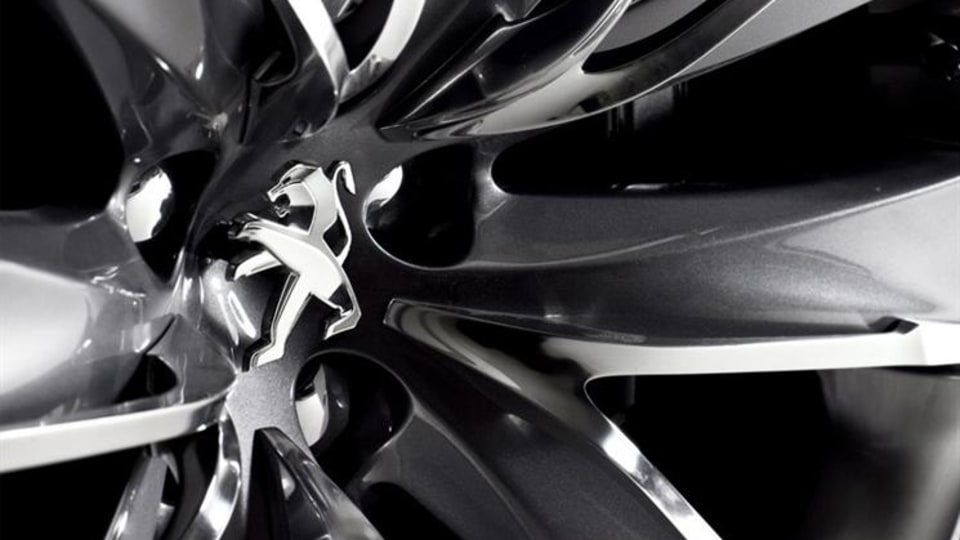 2010_peugeot_5_by_peugeot_concept_2011_508_preview_12