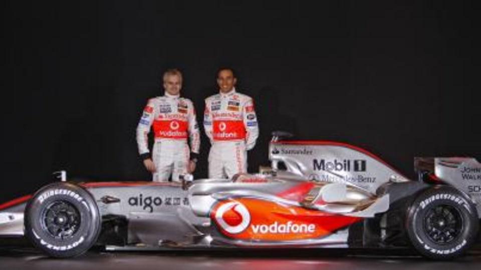 McLaren take the wraps of their MP4-23 2008 season contender