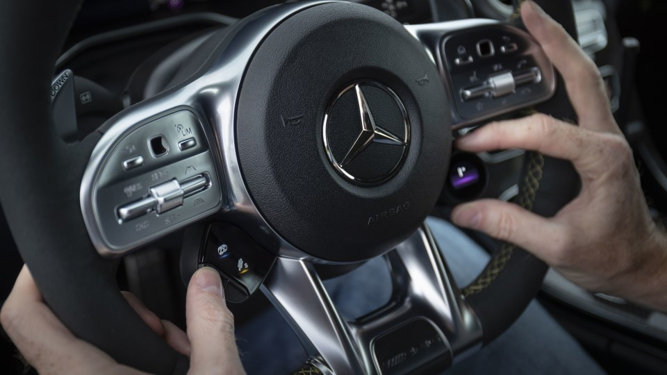 Mercedes to automatically pick safest route