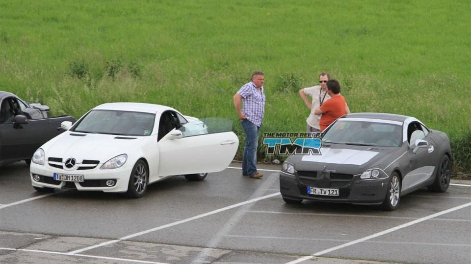 2011_mercedes_benz_slk_spy_shots_21