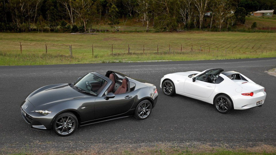 2017 Mazda MX-5 RF First Drive Review | A More Mature Freedom Machine