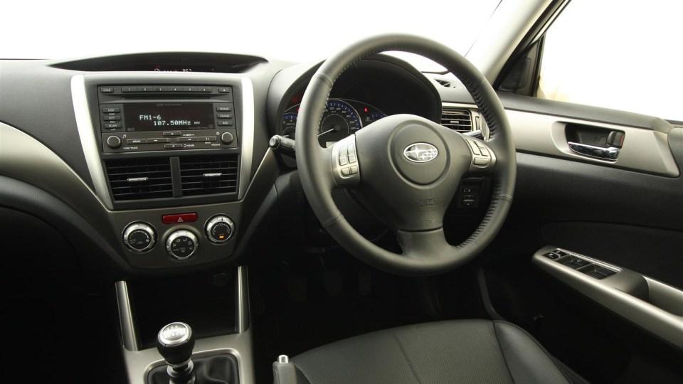 2010_subaru_forester_diesel_road_test_review_interior_19