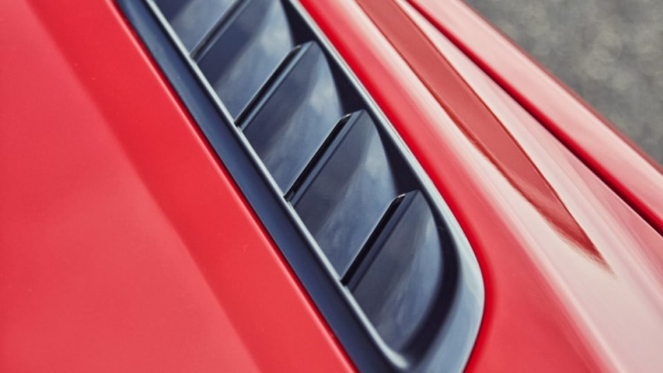 2016 Holden VFII Commodore V8 models have bonnet vents to extract hot air from the engine bay