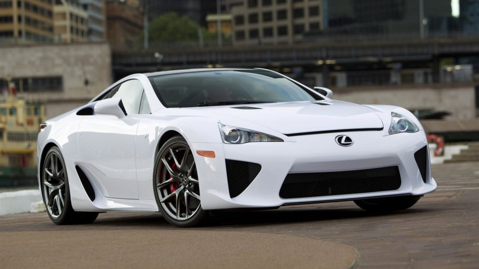 2010_lexus_lfa_australian_international_motor_show02