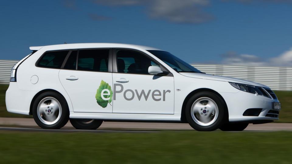2012_saab_9_3_epower_electric_vehicle_04