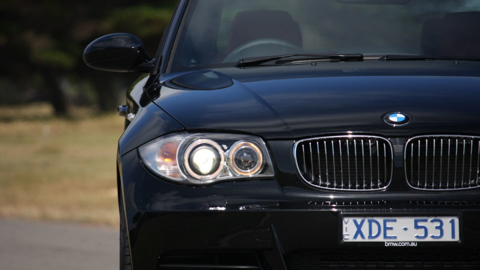 2010_bmw_135i_road_test_review_11
