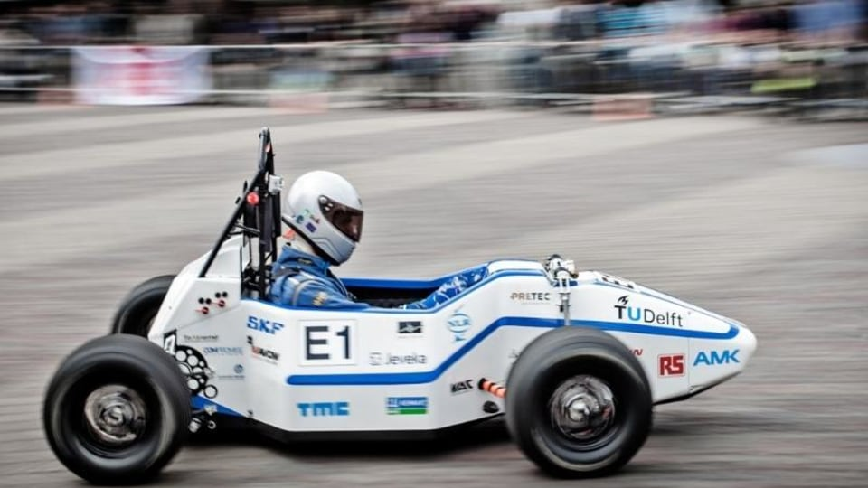 DUT Racing DUT12 World Record EV