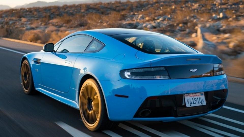 Aston Martin Vantage V12 S.