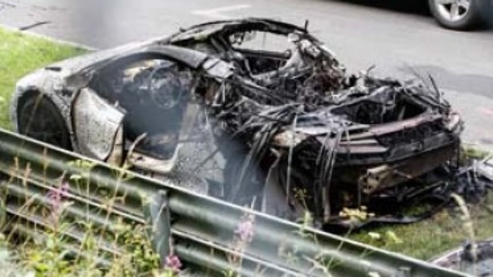 Honda NSX Nurburgring fire won't delay introduction
