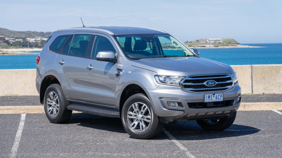 Ford Everest Trend 2.0 AWD 2018 new car review