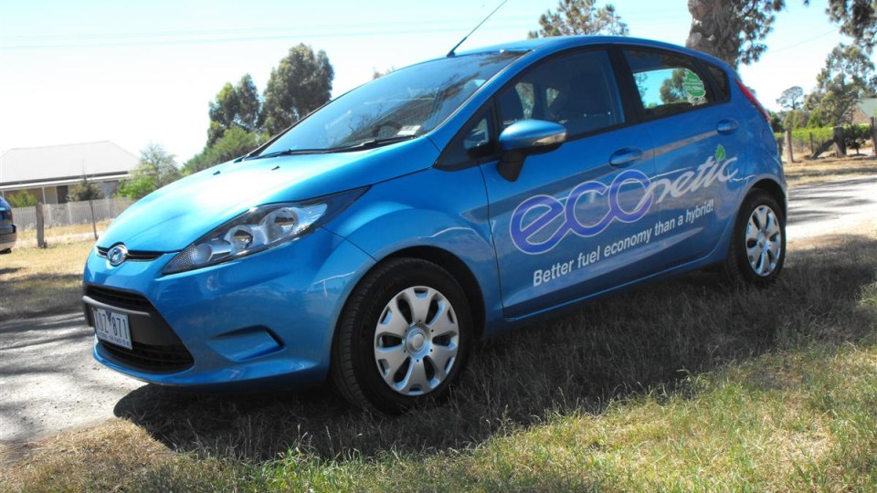 2010_ford_fiesta_econetic_road-test-review_launch_07.jpg