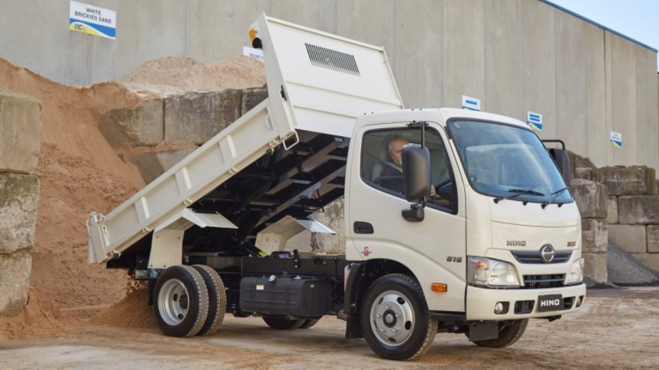 Short haul: Hino 616 IFS Tipper