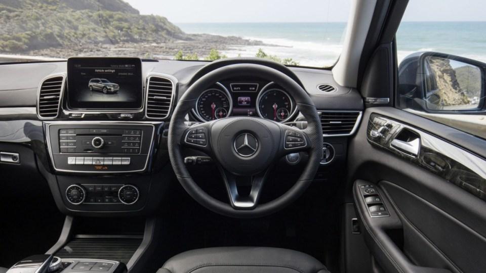 Mercedes-Benz GLS350d.
