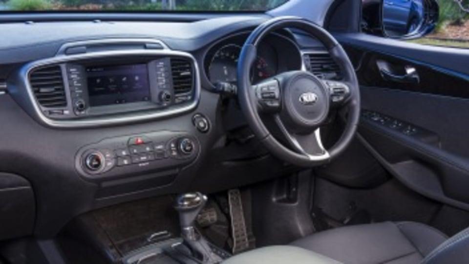 Seven seat SUV comparison test: Kia Sorento