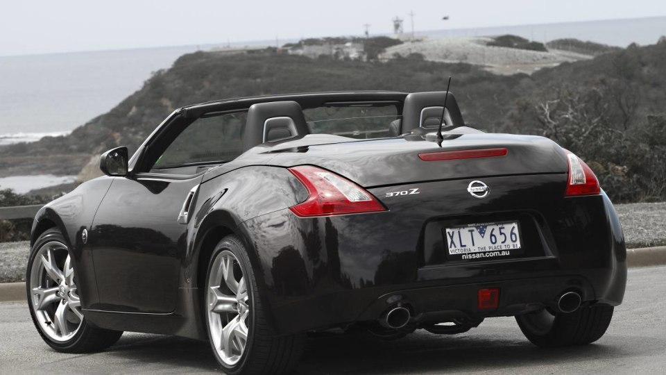 2010_nissan_370z_roadster_first_drive_review_press_photos_11